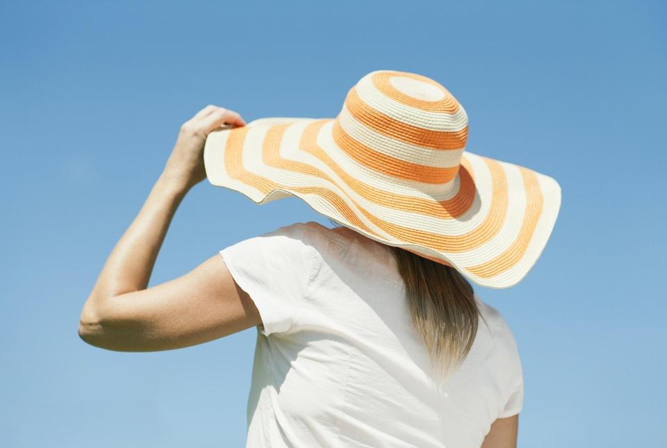 夏季做好头发防晒,让你发质好一半